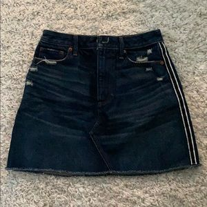 NWOT Abercrombie And Fitch denim mini skirt